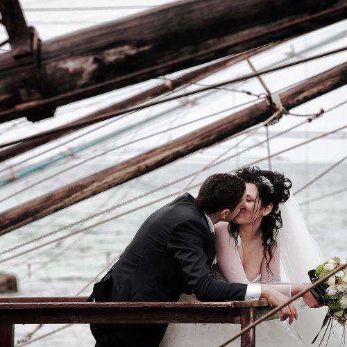 Foto di sposi al porto di Giulianova, fotografo matrimonio Abruzzo,