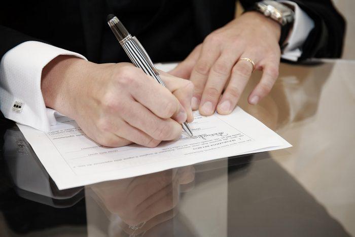 Particolare firma dello sposo