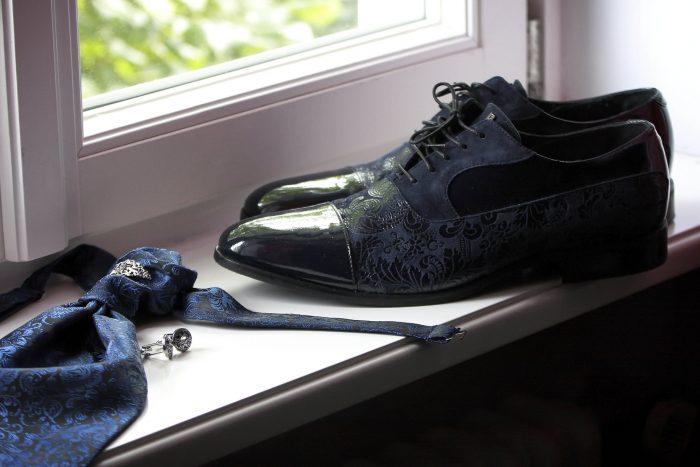 Dettagli di un matrimonio da favola, le scarpe dello sposo