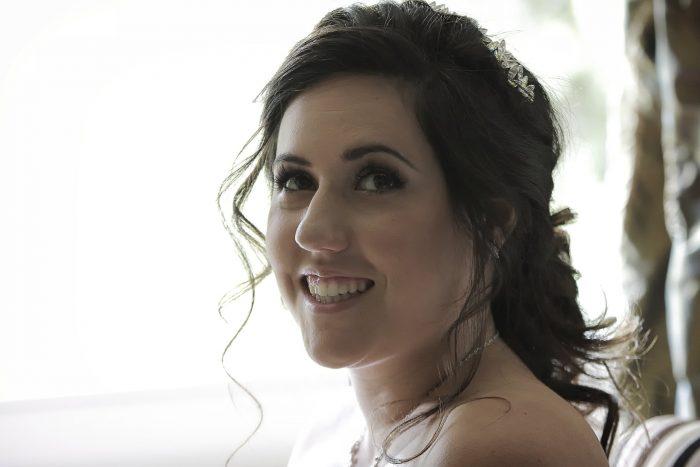 Foto ritratto, il sorriso della sposa, fotografo Teramo