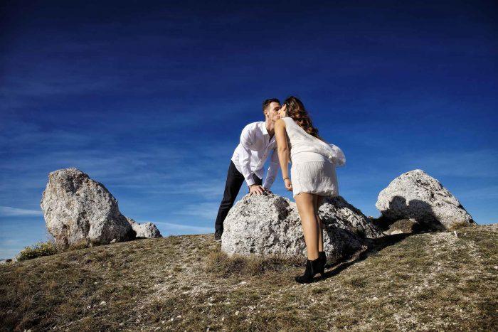 Servizo prematrimoniale a Rocca Calascio bacio